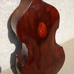 Lloyd Walnut Gamba '05 - Back